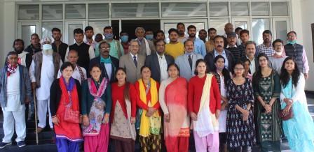 Organized a farmers training program on Skill development for enhancing productivity of Salt affected soil on 24.02. 2021 at ICAR-CSSRI RRS Lucknow